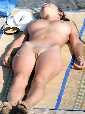 Nude amateurs on beach. Amateurs in Bikini.